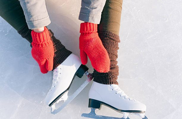 Otwarcie sezonu zimowego na łyżwach